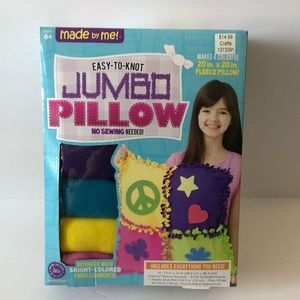 Other - Jumbo pillow no sewing craft
